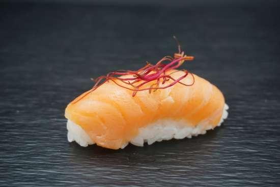 sushis saumon mariné