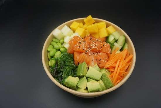 Poke bowl saumon