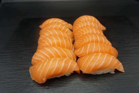 douze sushis